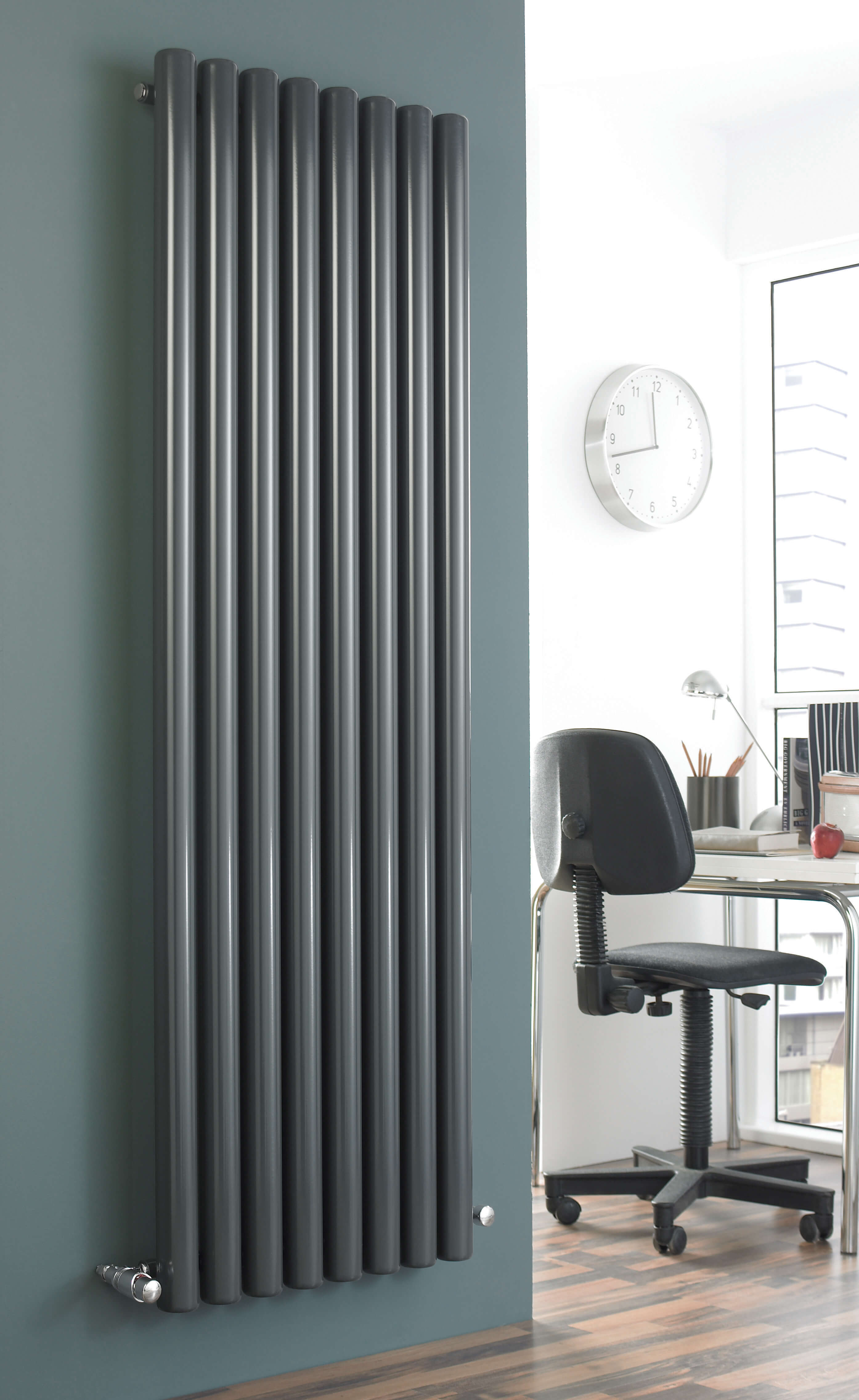 Vulkan Round Tube Single Vertical Anthracite The